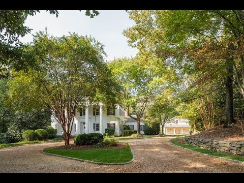Rare Colonial Home in Roswell, Georgia | Sotheby's International Realty