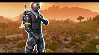 LIVE-FORTNITE: Short Live And A New Skin Is Out!!