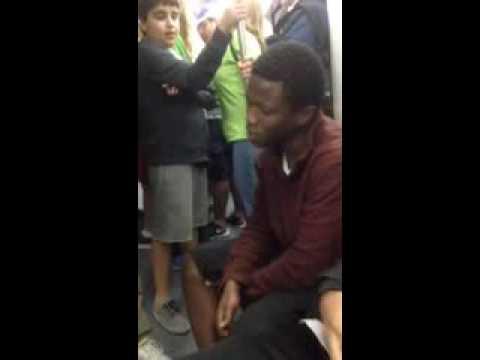 O cantor do metrô Israel