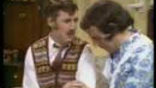 Monty Python - Confuse-A-Cat
