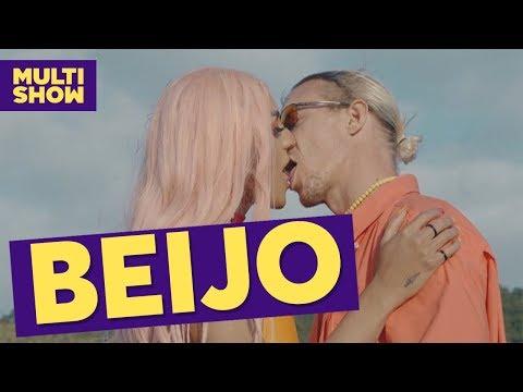 Pabllo Vittar elogia beijo de Diplo em 'Então Vai':