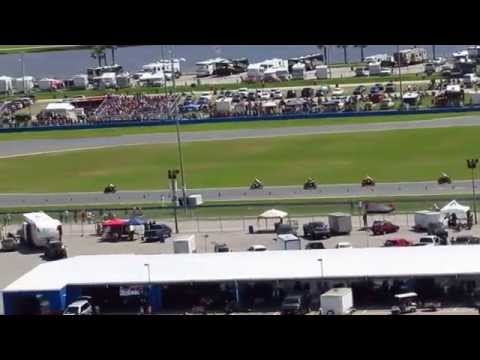 2015 Daytona 200 First Lap