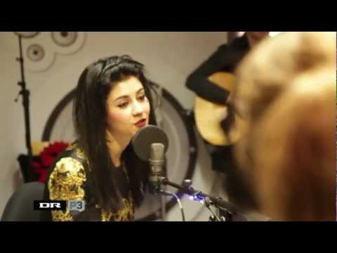 Marina And The Diamonds — How To Be A Heartbreaker (Live @ DRP3 Radio, Denmark, 06/11/12)