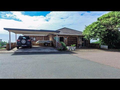 2 Bedroom Townhouse for sale in Kwazulu Natal | Durban | Amanzimtoti | Illovo Beach |