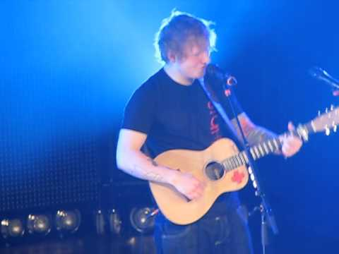 Ed Sheeran - Wake Me Up (forgets lyrics) (Nashville, TN)