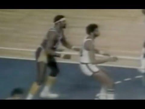 Wilt Chamberlain Defense on Kareem - 1971/72 Season