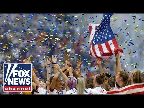 US Women's soccer team returns after winning World Cup