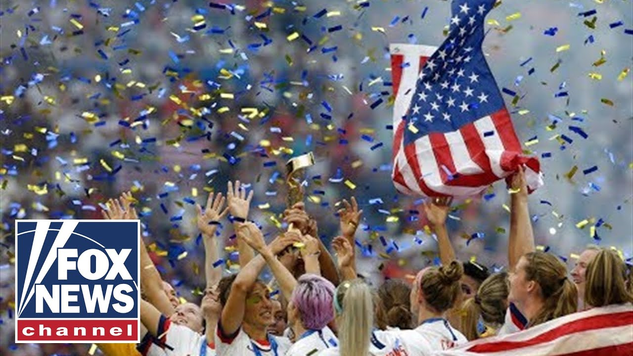 US Women's soccer team returns after winning World Cup