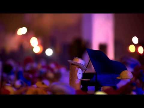 Teneke Trampet - Gezi
