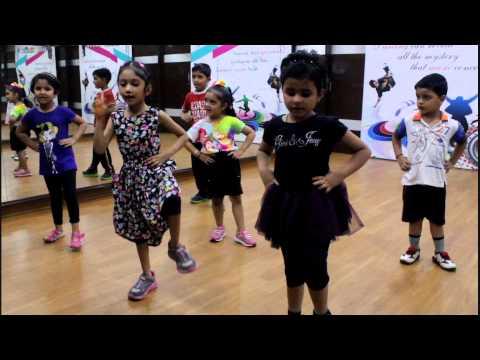 Lungi Dance   Yo Yo Honey Singh   Dance Performance By Step2Step Dance Studio