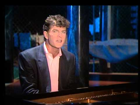 TOPPOP: Tim Finn  In A Minor Key