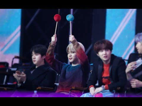 190106 BTS Jimin Reaction to TWICE   What is Love?   @ GDA