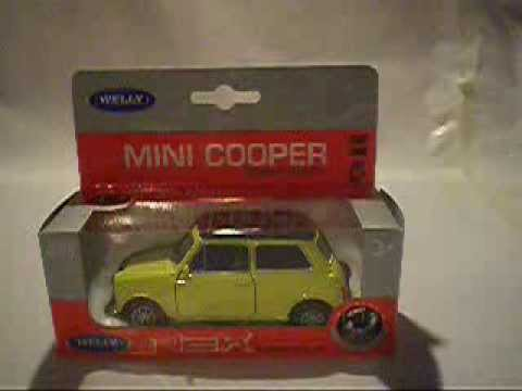 Welly Nex Models Mr Bean Style Mini Cooper 1300 Review