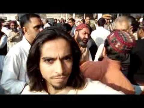 Mumtaz Qadri Ka Ghar K manzar 2016 08:00 AM  Part 1 thumbnail
