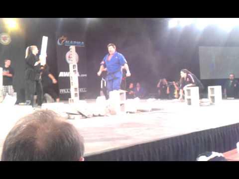 2012 ISKA World Champion – Larry Fields – Creative Breaking – US Open 2012