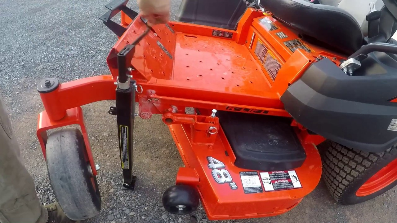 Kubota Z400 Maintenance Lift Kit