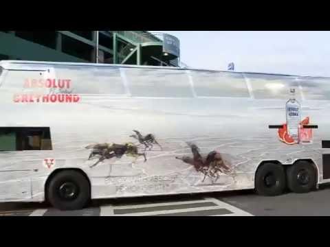 motion lenticular advertising on bus