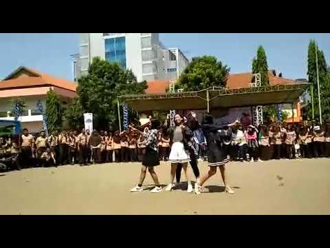 Dance ala kids jaman now cover black pink 💕