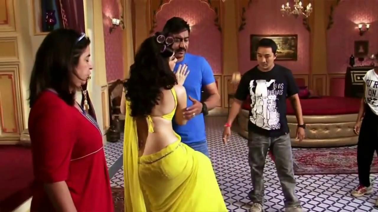 In Saree Tamanna In Himmatwala: Tammanna Bhatia Hot Saree Scene In Himmatwala Movie