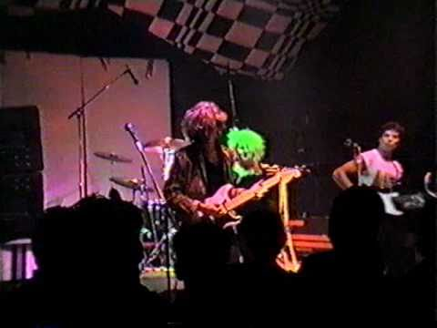 PART3 - HELLO MY YELLOW PILLOW -  HMYP - 1985 live at Roehre in Stuttgart - Special.AVI