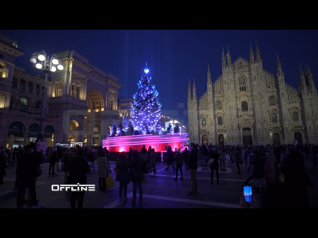 ILUMINOSO ALBERO DI NATALE A MILANO IN PIAZZA DUOMO 2020 | BRIGHT CHRISTMAS TREE IN MILAN 2020 - 21