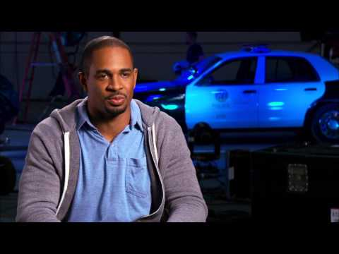 "Let´s Be Cops: Damon Wayans, Jr. ""Justin"" Behind the Scenes Movie Interview"