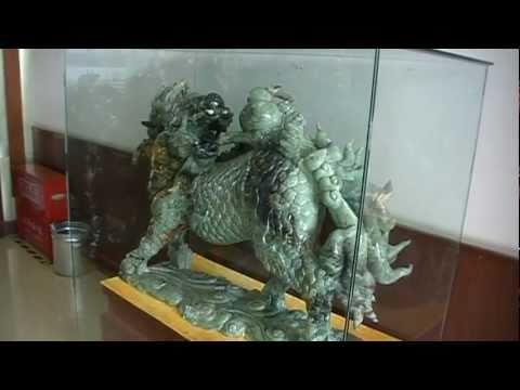 Sightseeing in Beijing: Jade Factory