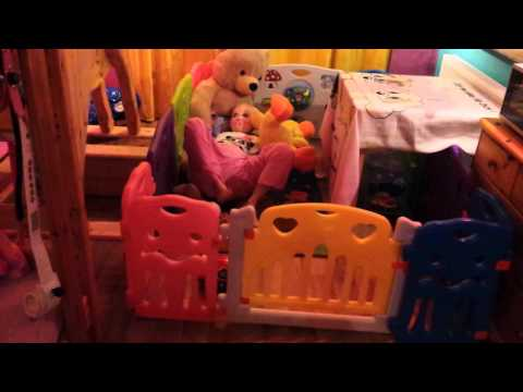 adult baby laufgitter 1 teil diaper lover laufstall f r erwachsene babys youtube. Black Bedroom Furniture Sets. Home Design Ideas