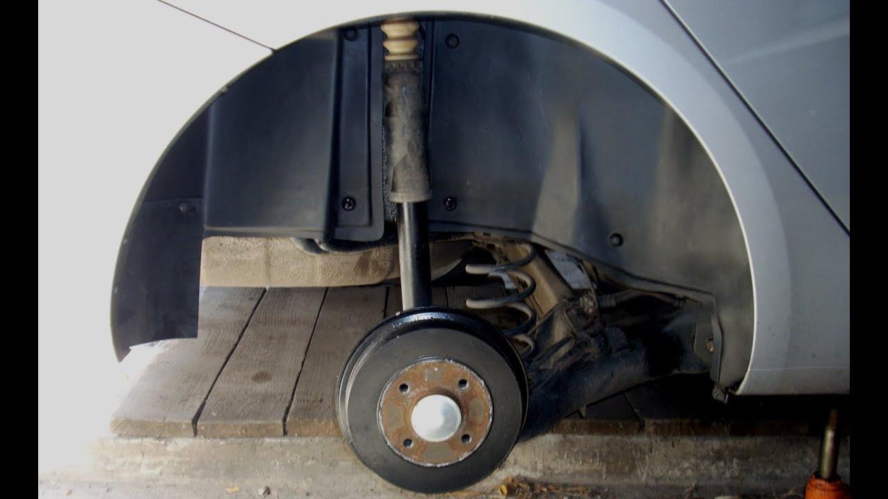 Lada Vesta. Подкрылки. Снятие, оклейка, установка