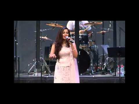 Shreya Ghoshal Sydney Utshab 21 Aug 2010 - Chalo tumko lekar chalein