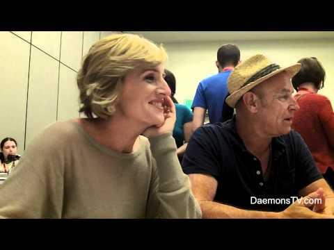 Kirsten Nelson and Corbin Bernsen Psych Comic-Con 2011 Interview