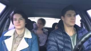 Как нужно слушать музыку в машине !