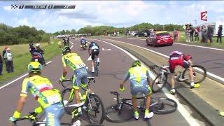 1ère étape : La chute d'Alberto Contador (Tinkoff) !