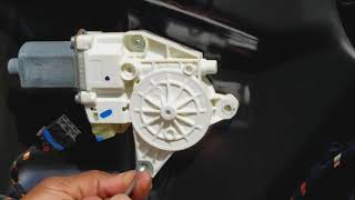 Gambar cover How to Replace Mercedes Window Motor ML350 W164