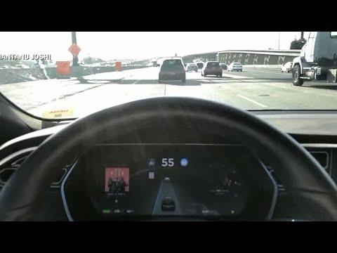 Video shows Tesla autopilot failing at site of fatal March crash