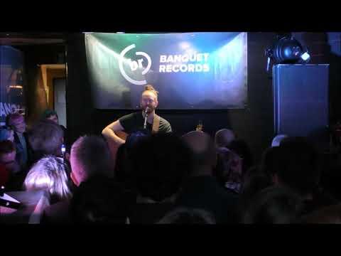Newton Faulkner At Banquet Records