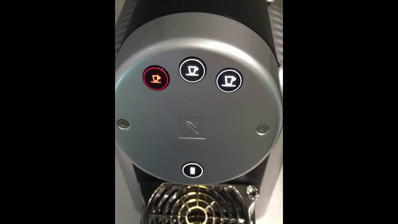 Nespresso Machine 3 Flashing Lights Decoratingspecial Com