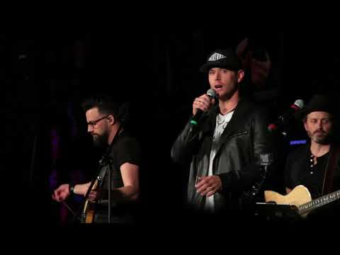 Jensen Ackles singing Whipping Post and Wanted Dead or Alive with Corey Taylor at SPN Vegas SNS 2018