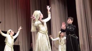 1 -  й Грузинский народный  танец -  Детский танцевальный  ансамбль