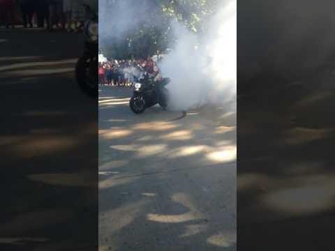 Quemando Neumáticos Motos GSXR Chile Parte 1