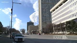 Some homeless shelters extending hours due to cold