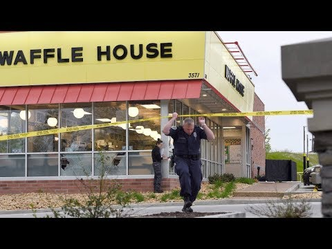 Police search for Nashville Waffle House suspect Travis Reinking