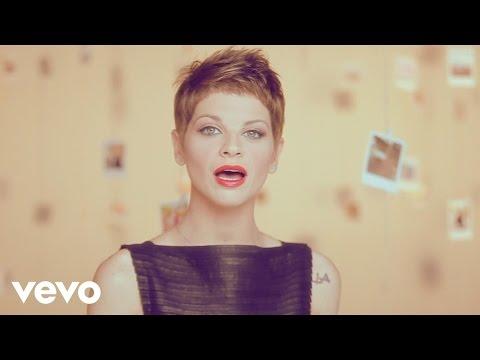 Alessandra Amoroso - Grito y No Me Escuchas (Official Video)