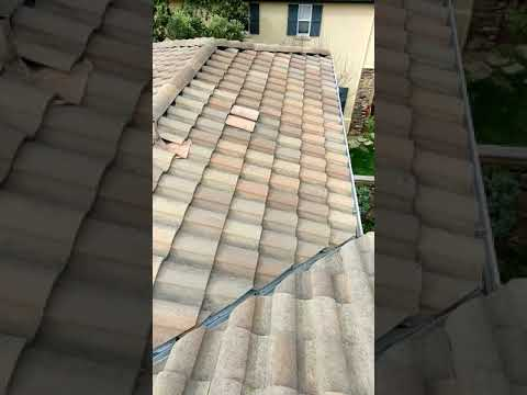Video of roof inspection after gutter cleaning in Encinitas Ranch Jake cherry 8585319537