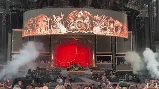 Queen and Adam Lambert, Intro/Now I'm Here, Dunedin
