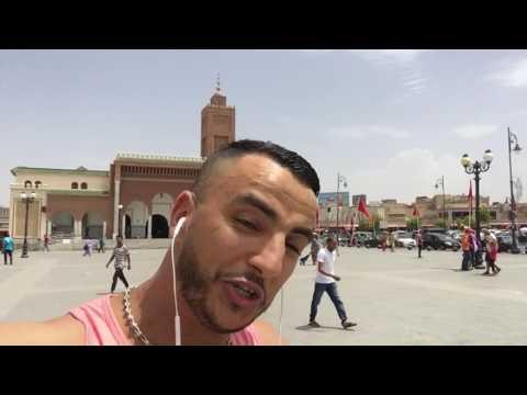 Soufiane Lozane au centre ville Oujda (حجا وحدا نقولهاليك حيا تهلاا فولديك)