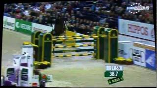Malin Baryard Johnsson jumpes Word Cup jump-off without stirrups!
