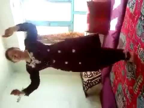 Afghani Girl Dance On Pashto Song - Home Video