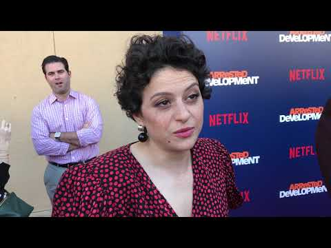 Alia Shawkat chats season 5 of 'Arrested Development' on red carpet at premiere | GOLD DERBY