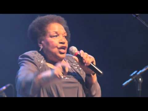 Jewell Brown sings Every Day I Have the Blues - 4º MPB Jazz (Natal)